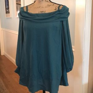 BNWT Bebe blouse. Off shoulder if wanted Size Med
